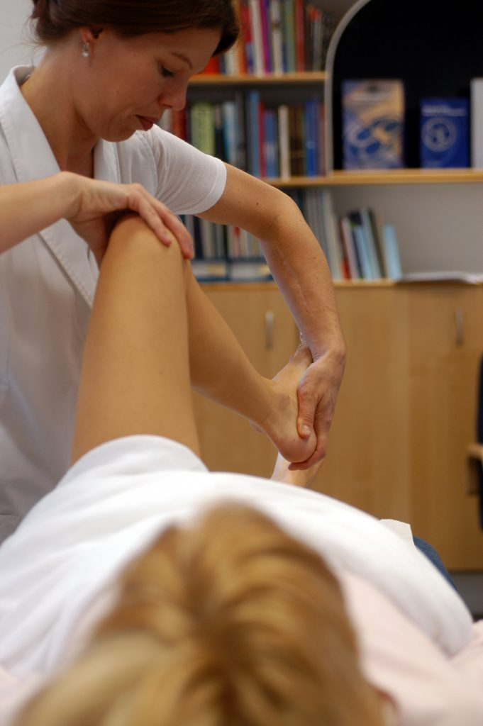 osteopathy therapy leeds